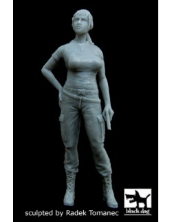 UUS woman soldier in Afghanistan cat.n.: F35039, BLACK DOG, 1:35