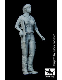Israeli woman soldier N°1 cat.n.: F35089, BLACK DOG, 1:35