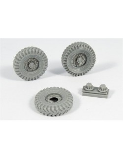 Chevrolet LRDG Road wheels (Firestone 1), RE35-355, PANZER ART, 1:35