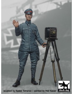 German Fighter Pilot 1914-1918 N°6 cat.n.: F32008, BLACK DOG, 1:32