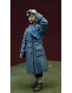 D-Day Miniature, 35075, 1/35 WWII Luftwaffe Helferin, Winter  1942-45