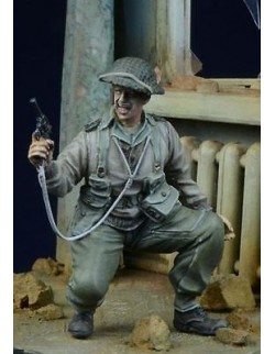D-Day Miniature, 35020,1:35, British/Commonwealth Officer in action 1943 -45