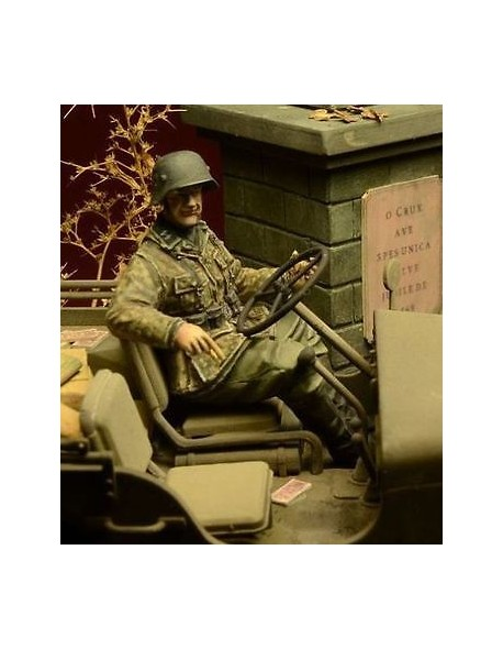 D-Day Miniature, 35028,1:35, Waffen SS Jeep Driver, Ardennes 1944