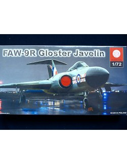 GLOSTER JAVELIN FAW-9R, BRITISH SUPERSONIC FIGHTER, SCALE 1/72, ZTS PLASTYK
