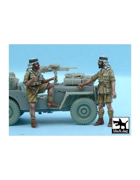 British SAS Jeep crew Afrika  (2 figures)  cat.n.: T48056 for Ta,BLACK DOG, 1:48