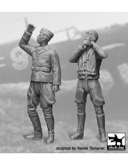 German Luftwaffe  Pilots 1940-1945 set N°2  cat.n.:F32042 (2FIG),BLACK DOG, 1:32