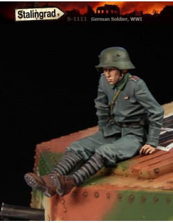 STALINGRAD MINIATURES 1:35 GERMAN SOLDIER WWI , S-1111