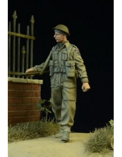 D-Day Miniature, 35013,1:35, British/Commonwealth Infantryman walking 1942-45