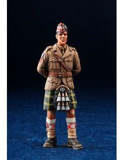 DEF.MODEL (DOUG'S ORGIN.), WWII Scottish Officer (1FIG.) DO35006 1:35