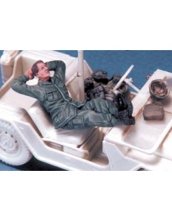 LEGEND PRODUCTION, LF0016, US Soldier at rest 1 (Vietnam), 1:35