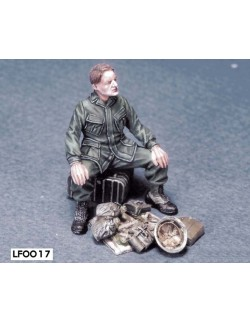LEGEND PRODUCTION, LF0017, US Soldier at rest 2 (Vietnam) 1 FIGURE, 1:35