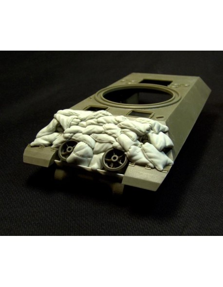 "RE35-094, Sand Armor for M10 ""Wolverine"" Tank Destroyer , PANZERART, SCALE 1/35"