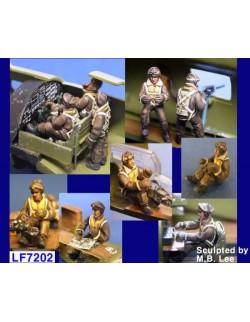 LEGEND PRODUCTION, LF7202, B-17 Flying Fortress Crew Set (10 Figures), 1:72