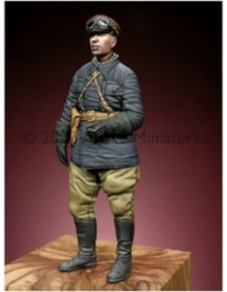 ALPINE MINIATURES 35039, WW2 Russian Tank Commander, SCALE 1:35