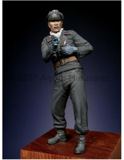 ALPINE MINIATURES 35026, Early WW2 Panzer Officer, SCALE 1:35