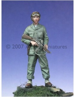 ALPINE MINIATURES 35019, WW2 US Tanker w/ Tommy Gun , SCALE 1:35