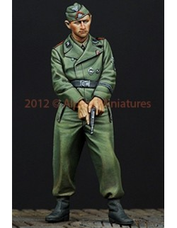 ALPINE MINIATURES 35146, WSS AFV Crew with Pistol, SCALE 1:35