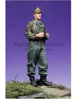 ALPINE MINIATURES 35042, SS Panzer Recon Officer, SCALE 1:35
