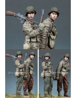 ,ALPINE MINIATURES 35171, WW2 US Infantry Set (2 Figures) SCALE 1:35