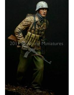 "ALPINE MINIATURES 16011, Grenadier ""Kampfgruppe Hansen""  (1 figure), SCALE 1:16"