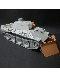 SOL RESIN FACTORY MM322, Sherman Armor set type The Pacific 2, SCALE 1:35