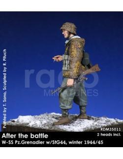 Rado Miniatures, RDM35011,  WSS Pz.Grenadier w/StG44, winter 1944/45, 1:35