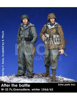 Rado Miniatures, RDM35012, WSS Pz.Grenadiere, winter 1944/45 (2 Fig.), 1:35
