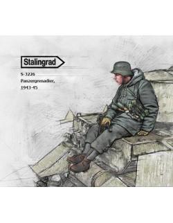 STALINGRAD MINIATURES, 1:35, S-3226 New! Panzergrenadier, 1943-45 (1 FIG.)